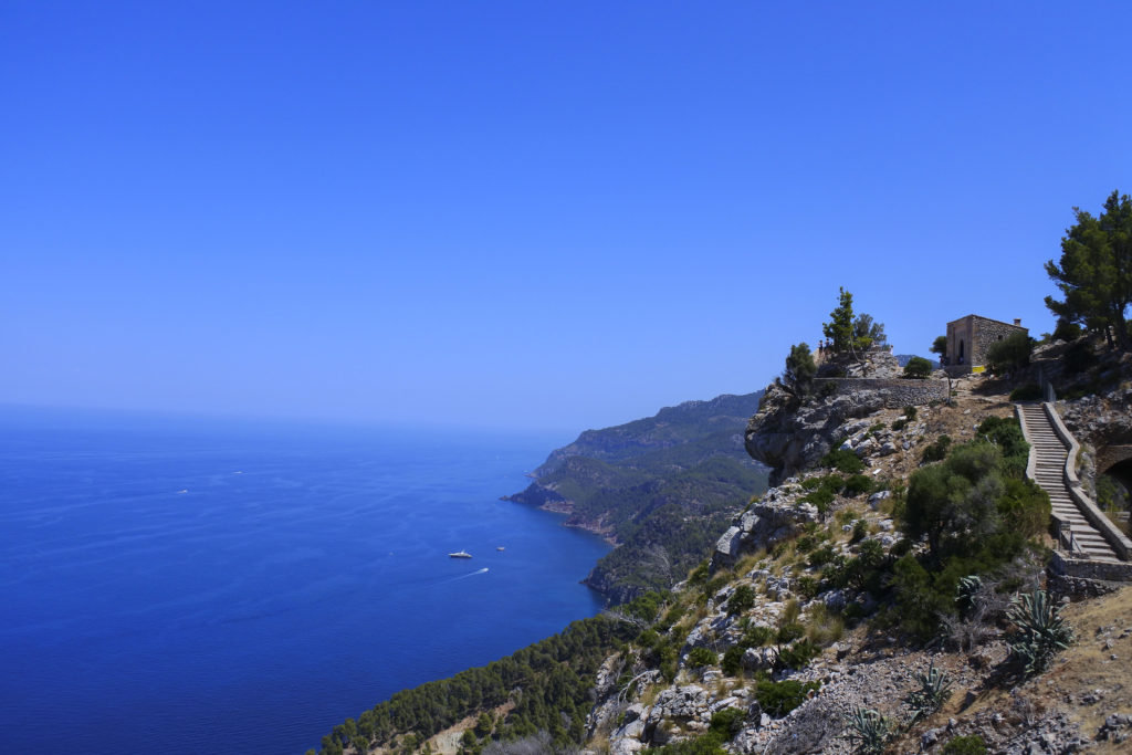Mallorca_guide_cala_hyra_bil