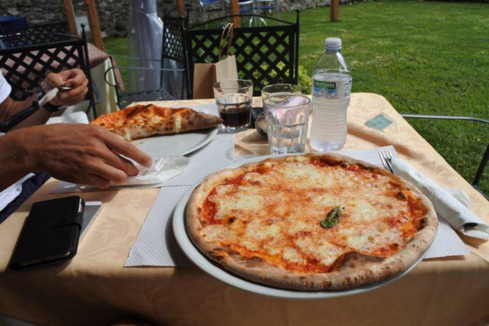 Pizza_italien_amalfikusten_Ravello